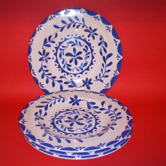 💙 Blue & White 4 Pcs Salad Plate Set